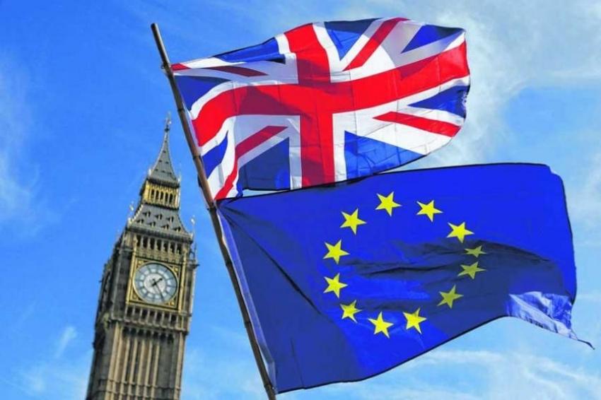 AB ile Birleşik Krallık anlaşmayı imzaladı