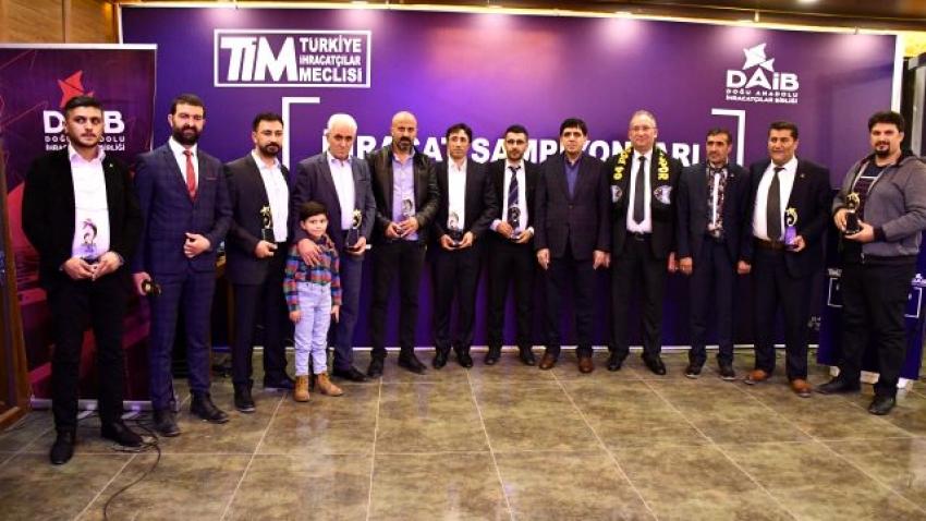 Ağrı'da ihracat şampiyonları ödüllendirildi