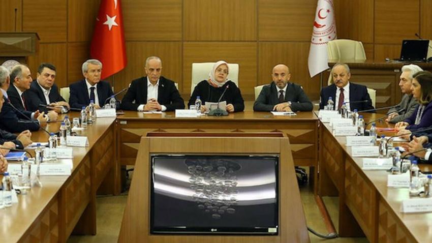 Asgari ücrette ilk toplantı: Bakan Selçuk'tan açıklama
