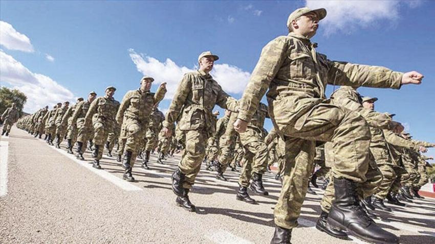 Askerlik süresi bir ay uzadı, 53 bin kişinin askere alımı ertelendi