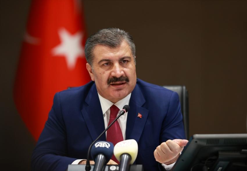 Türkiye'de virüsten can kaybı 5 bin 82 oldu