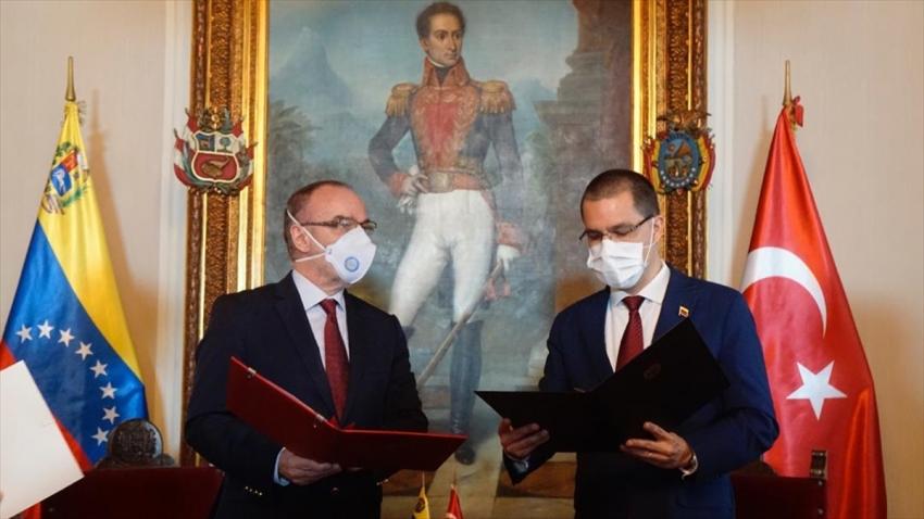 """""""Türkiye ile Venezuela Arasındaki Ticaretin Geliştirilmesi Anlaşması"""" onaylandı"""