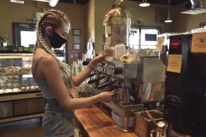 Ünlü kahve zinciri 1500 kişiyi işten çıkarıyor
