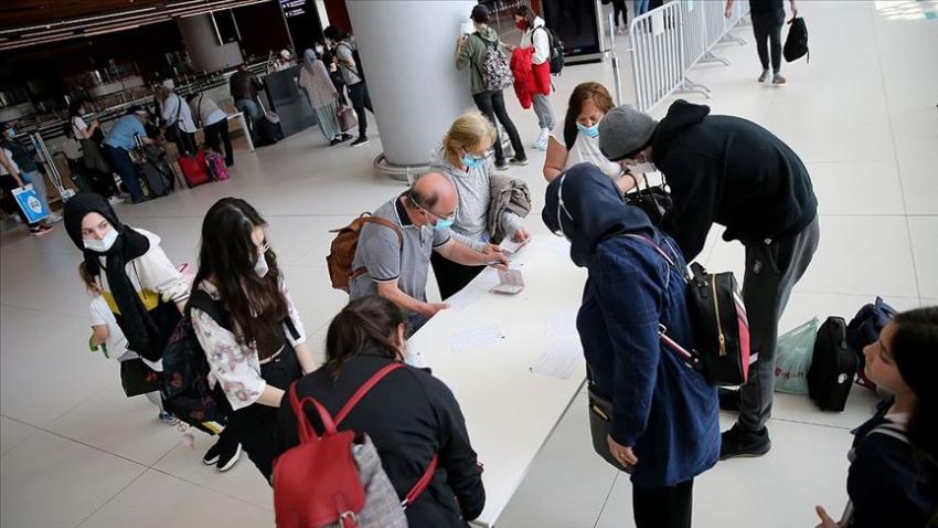 YTB: Türkiye'ye gelecek yurt dışındaki vatandaşlar için 14 gün gözetim uygulaması kalktı