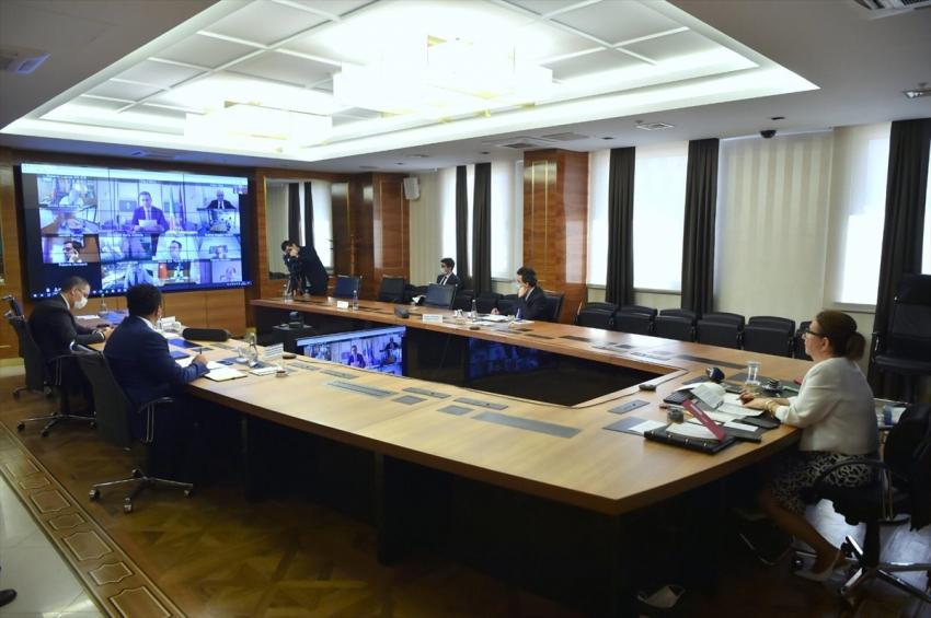Bakan Pekcan, İtalya Dışişleri Bakanı Maio ile görüştü: