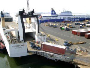 Bazı Ro-Ro seferlerinde tır şoförlerine gemiye biniş izni