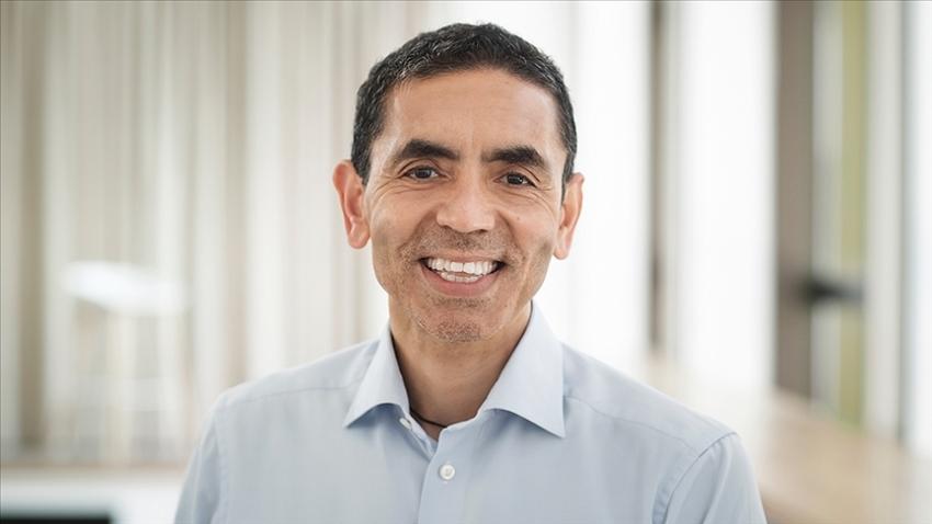 """BioNTech CEO'su Prof. Dr. Şahin: """"Kovid-19'un yeni mutasyonuna karşı 6 haftada yeni aşı geliştirebiliriz"""""""