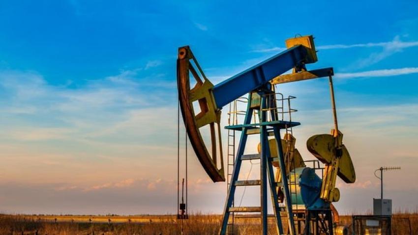 Brent petrolün varili 55,13 dolar