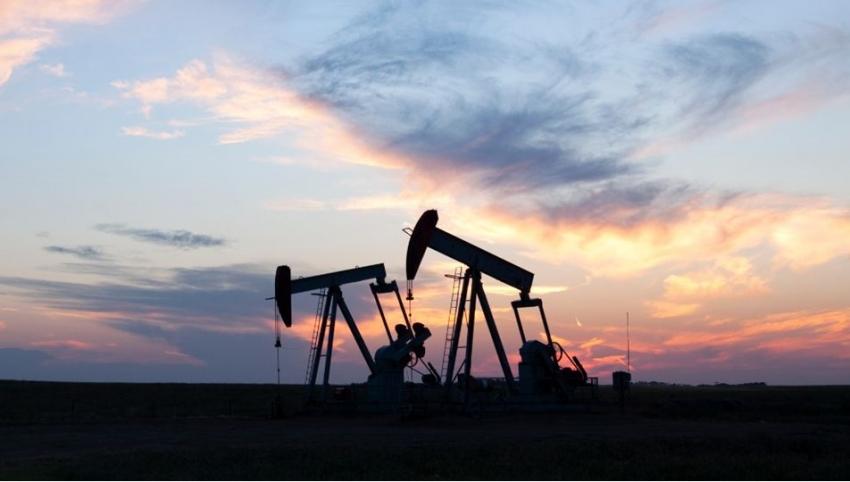 Brent petrolün varili 56,01 dolar