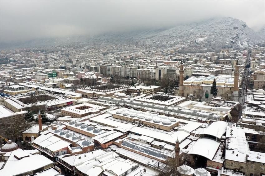 Bursa'da hayran bırakan kar manzaraları