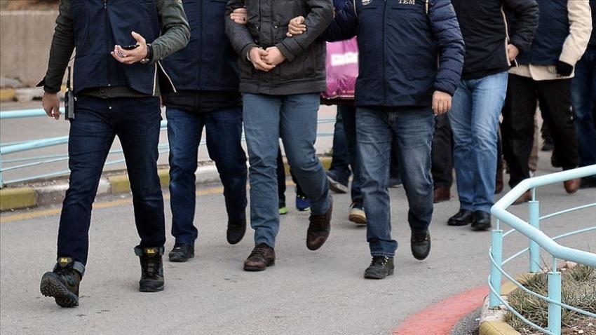 Bursa merkezli 23 ilde FETÖ'nün askeri mahrem yapılanmasına operasyon