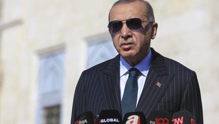 """Cumhurbaşkanı Erdoğan: """"Toplu mekanlardan kaçının"""""""