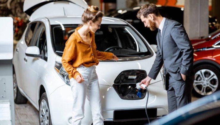 Elektrikli ve hibrit otomobillere ilgi sürüyor