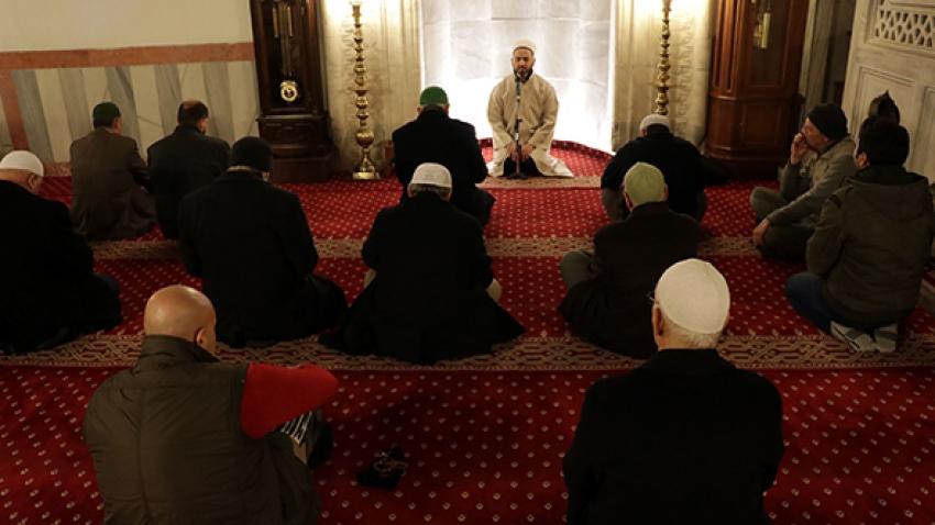 Harekata destek için camilerde Fetih Suresi okunacak