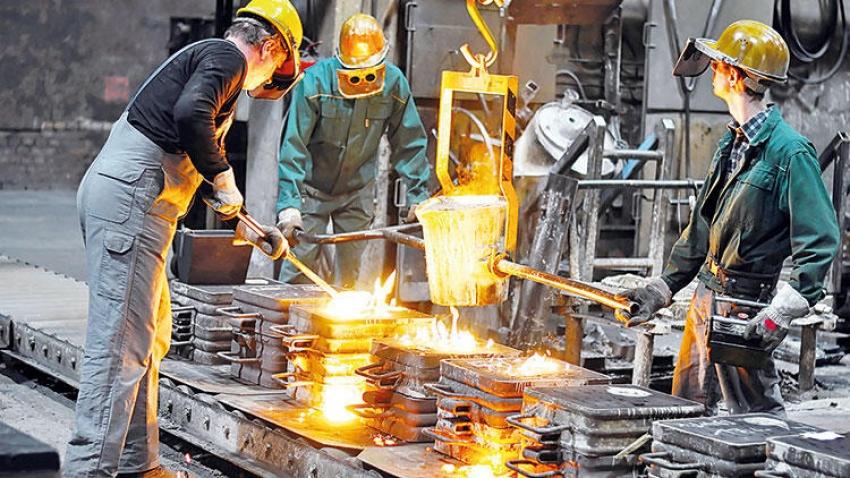 İhracatta imalat sanayi ipi göğüsledi