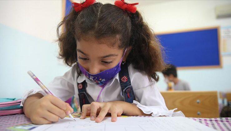 İlkokullar ile 8. ve 12. sınıflar 12 Ekim'de yüz yüze eğitime başlıyor