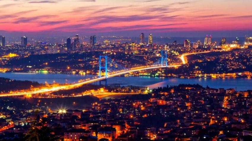 """İstanbul, Avrupa'nın en hızlı büyüyen """"mega şehri"""" olacak"""
