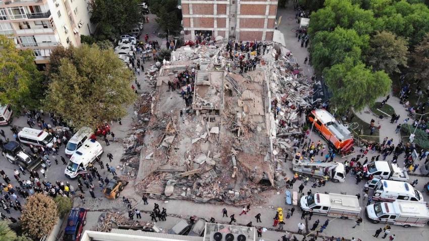 İzmir'de can kaybı 109 oldu