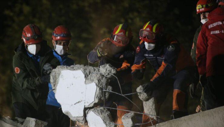 İzmir'de can kaybı 39'a yükseldi