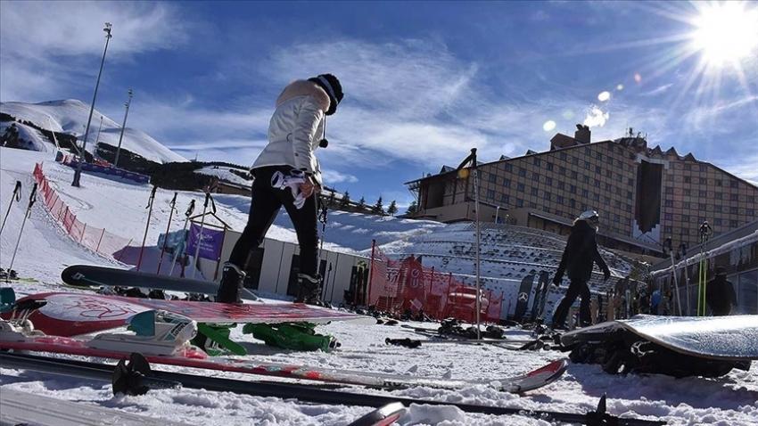 Kayak merkezlerindeki otellerde uygulanacak Kovid-19 tedbirleriyle ilgili genelge yayımlandı