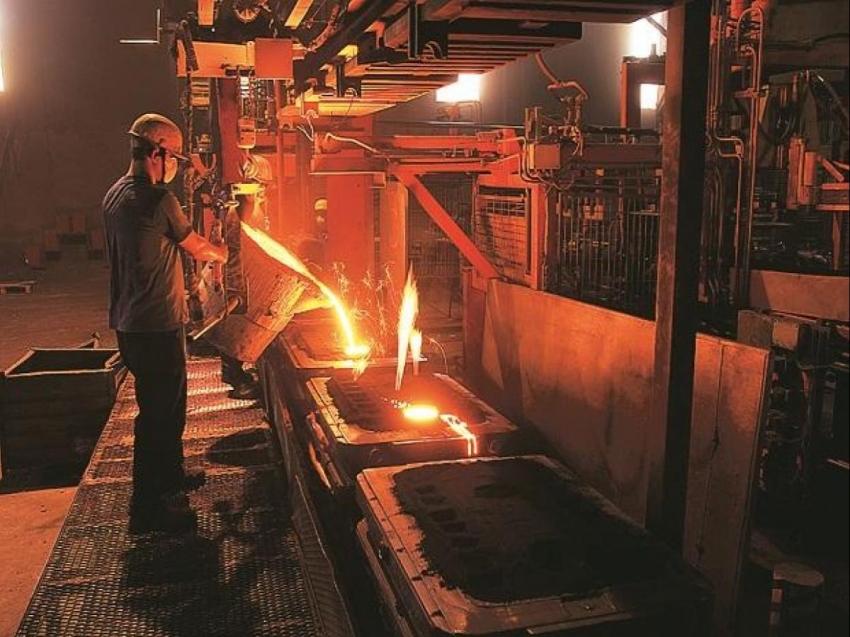 Küresel ham çelik üretimi mayısta yıllık yüzde 8,7 geriledi