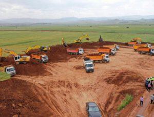 Sivas'ta 200 milyon lira yatırım bedelli lojistik merkezde altyapı çalışmaları başladı
