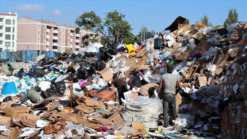 'Sokaktan topladığımız atıkların ekonomiye milyarlarca lira katkısı var'