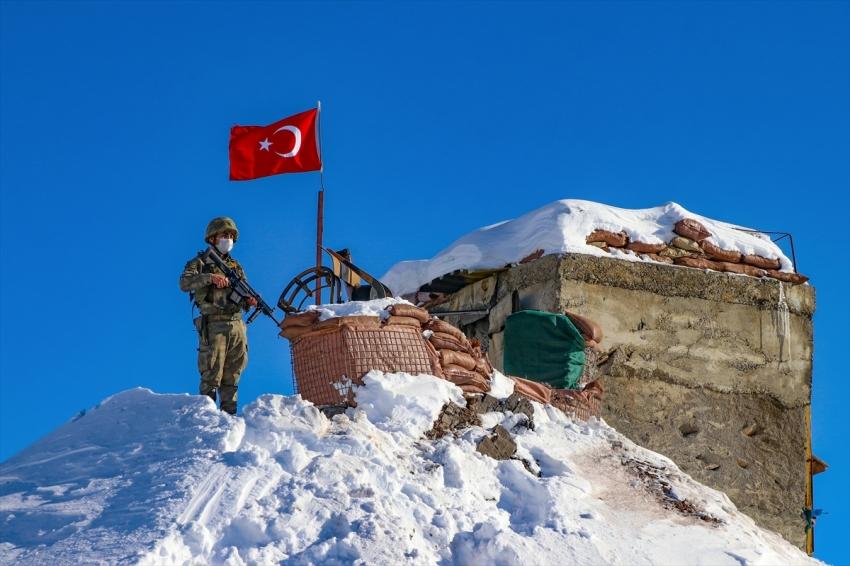 Mehmetçik Irak sınırında teröristlere geçit vermiyor