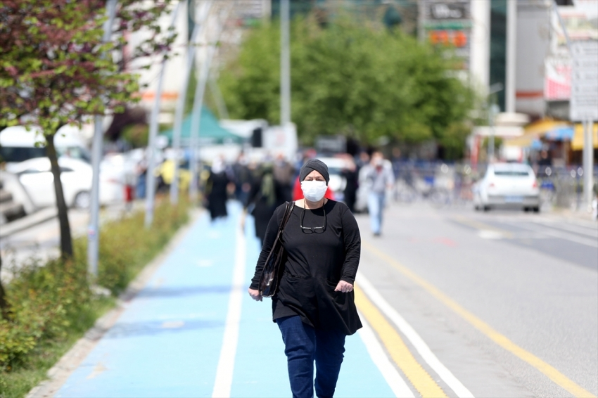 O kentte de maske takmak zorunlu oldu