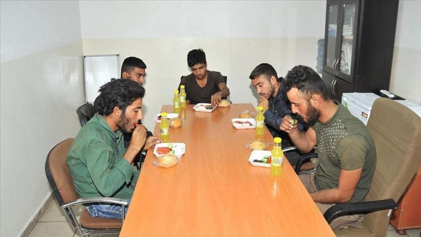 PKK/YPG'den kaçan 24 terörist teslim oldu