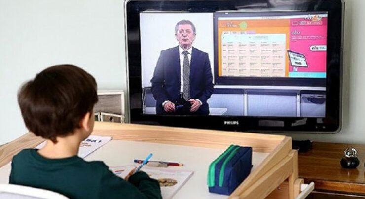 TEGV ve Arçelik'ten uzaktan eğitime erişim için seferberlik
