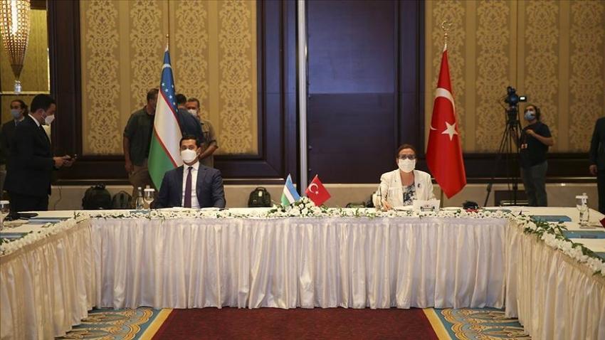 Ticaret Bakanı Pekcan Özbekistanlı yetkililerle bir araya geldi:
