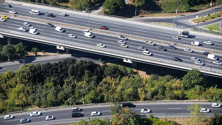 Trafiğe 311 bin 998 aracın kaydı yapıldı
