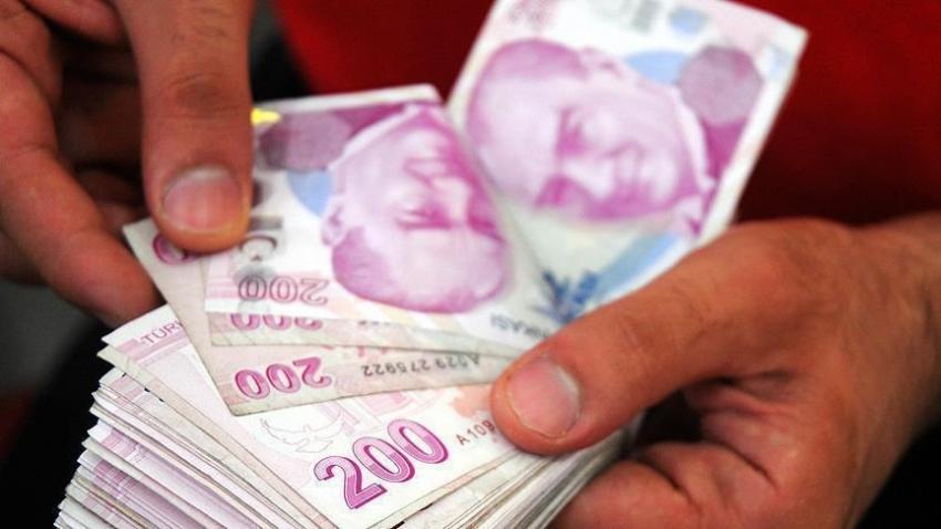 Türk-İş'e göre 4 kişilik bir ailenin açlık sınırı 2 bin 65 lira