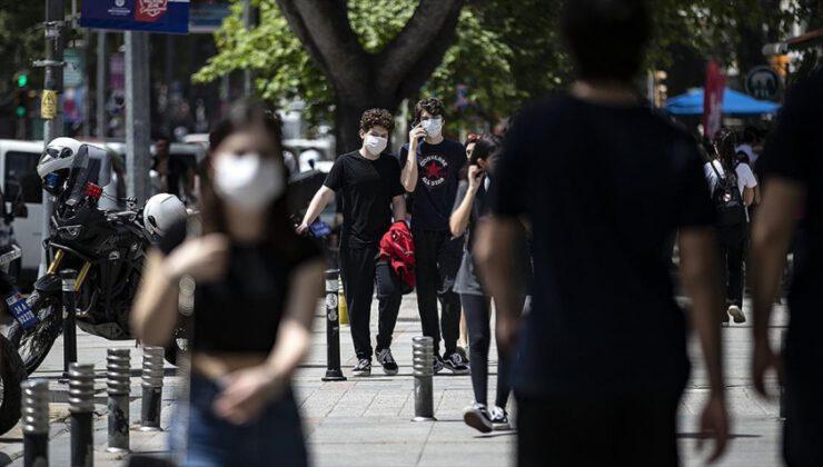 Türkiye'de koronavirüsten can kaybı 10 bin 177 oldu