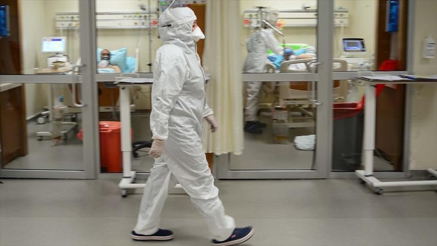 Türkiye'de koronavirüsten can kaybı 8 bin 895 oldu
